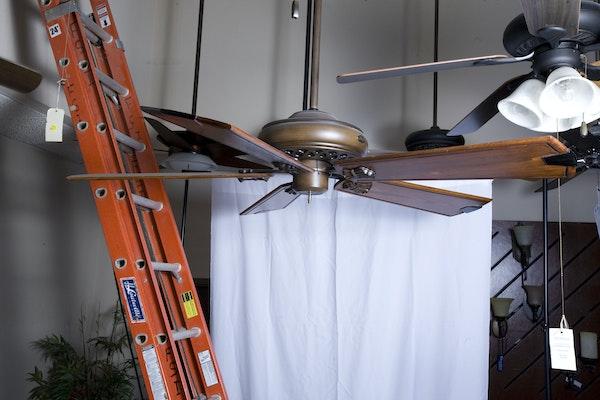Hunter prestige five blade ceiling fan ebth for Hunter prestige fans