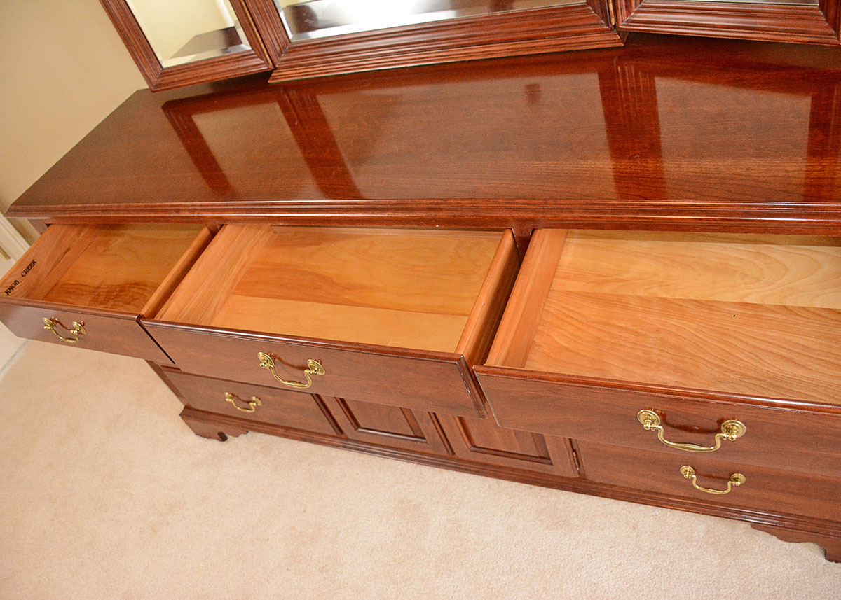 Traditional Colonial Style Solid Cherry Dresser : EBTH