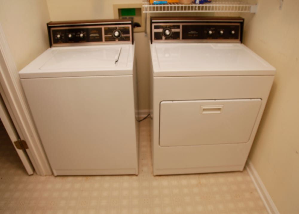 Lady Kenmore Washer and Dryer | EBTH