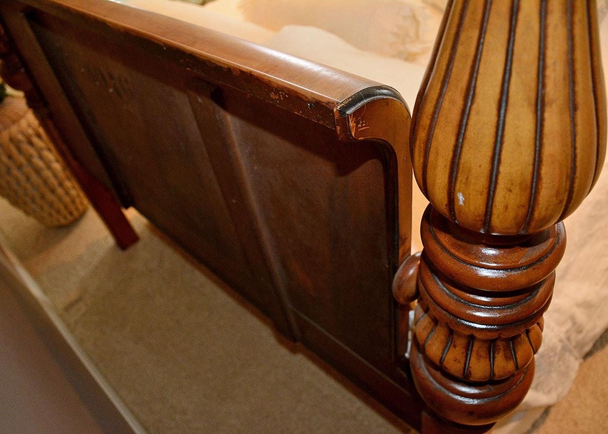 vintage art deco style four poster full bed ebth. Black Bedroom Furniture Sets. Home Design Ideas