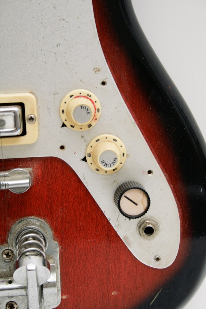 Sears Silvertone Model 1448 Amplifier And Electric Guitar