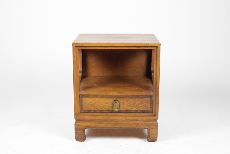 Sumter cabinet company nightstand ebth - Sumter cabinet company bedroom furniture ...
