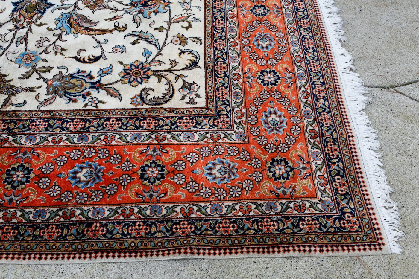 Large Hand Knotted Persian Style Rug Ebth