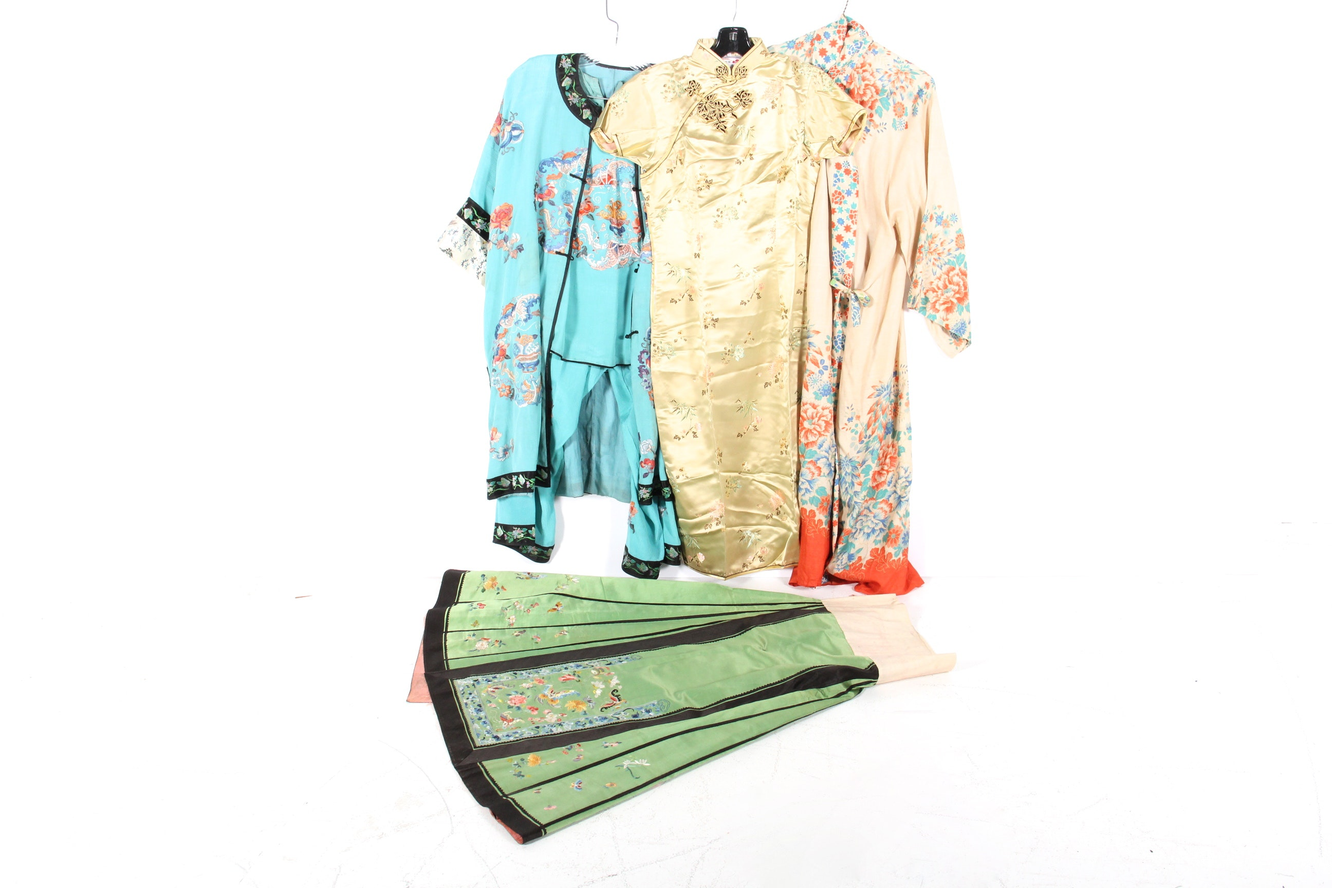 collection of vintage asian clothing ebth