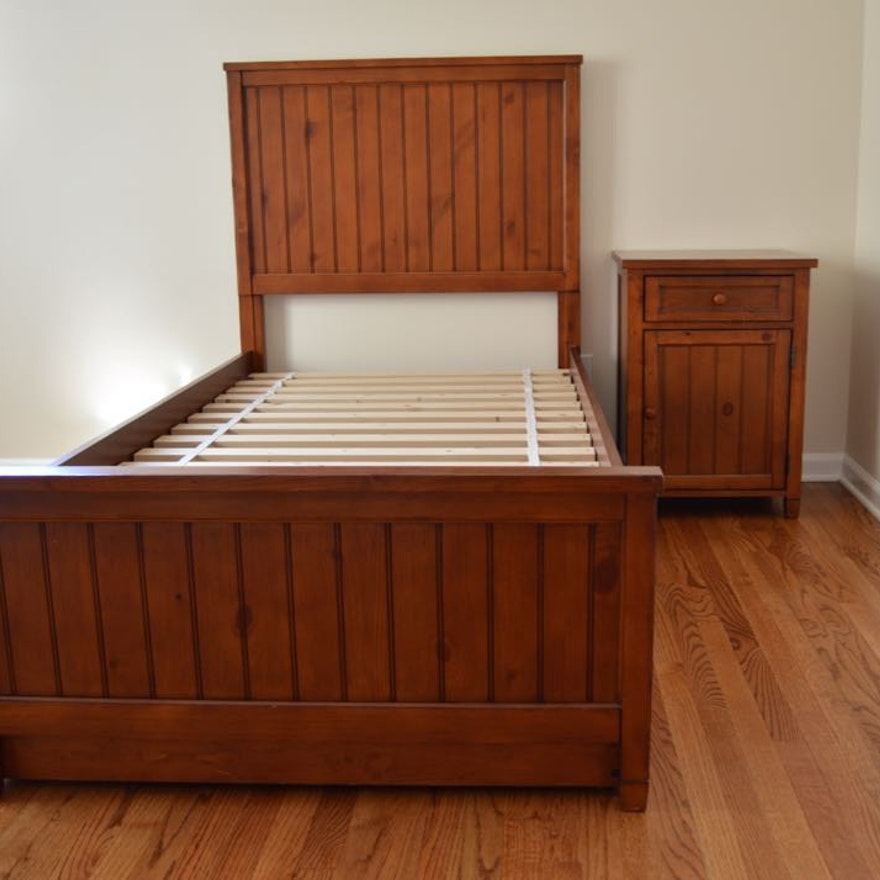 Pottery Barn Teen Beadboard Basic Bed And Trundle Ebth