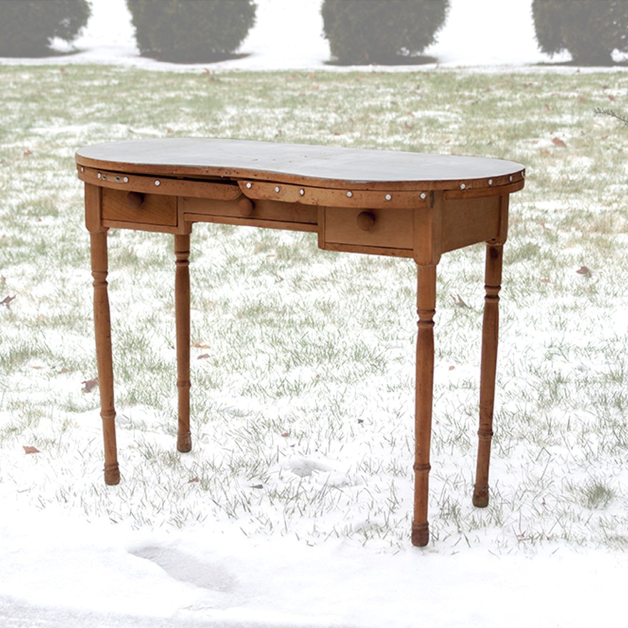 Excellent Vintage Wooden Vanity Table Download Free Architecture Designs Scobabritishbridgeorg
