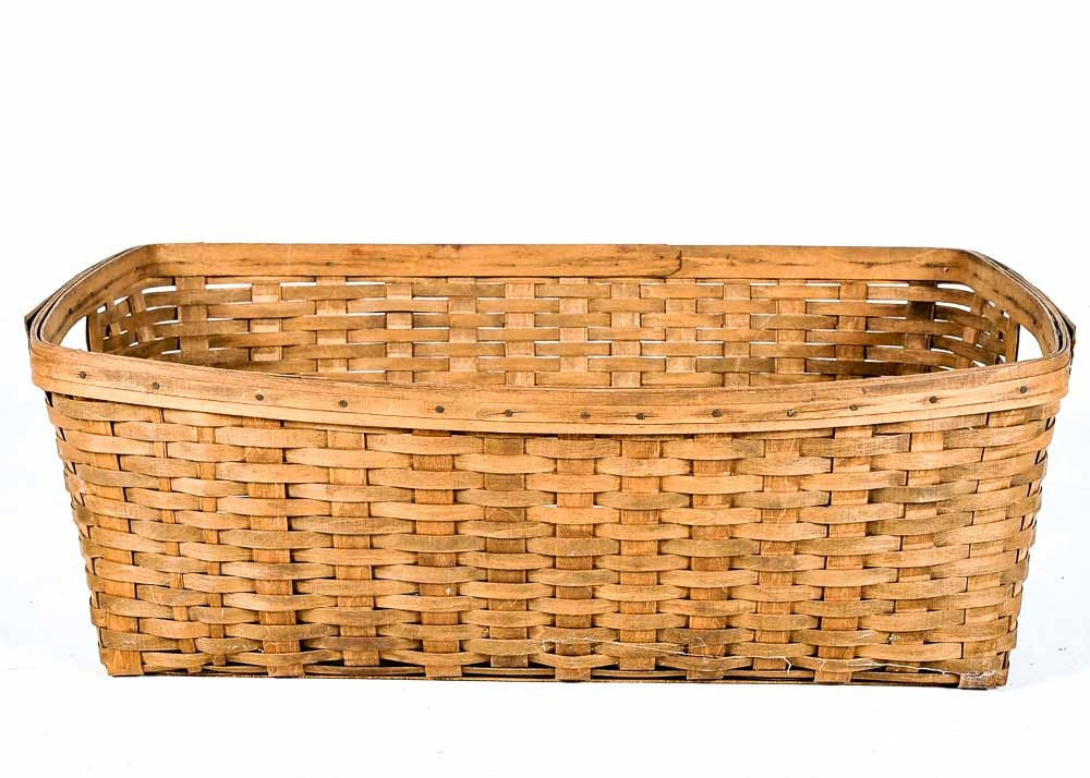 1983 Longaberger Laundry Basket Ebth