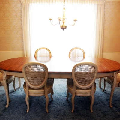 Davis Cabinet Company Dining Table and Chairs. Online Furniture Auctions   Vintage Furniture Auction   Antique
