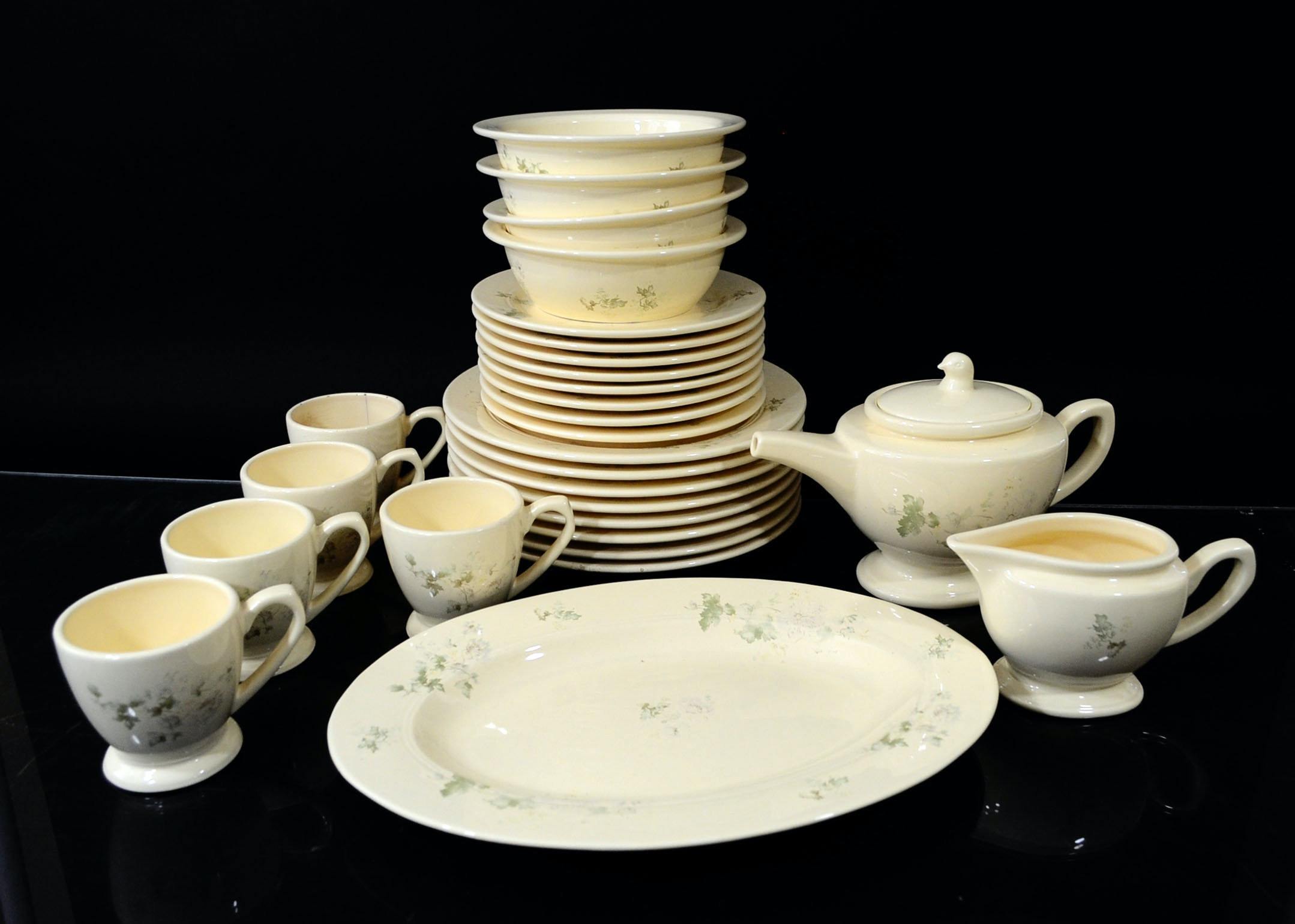 Collection of Thomas Ou0027Brien  Clair Floral  Dinnerware ... : thomas tableware - Pezcame.Com