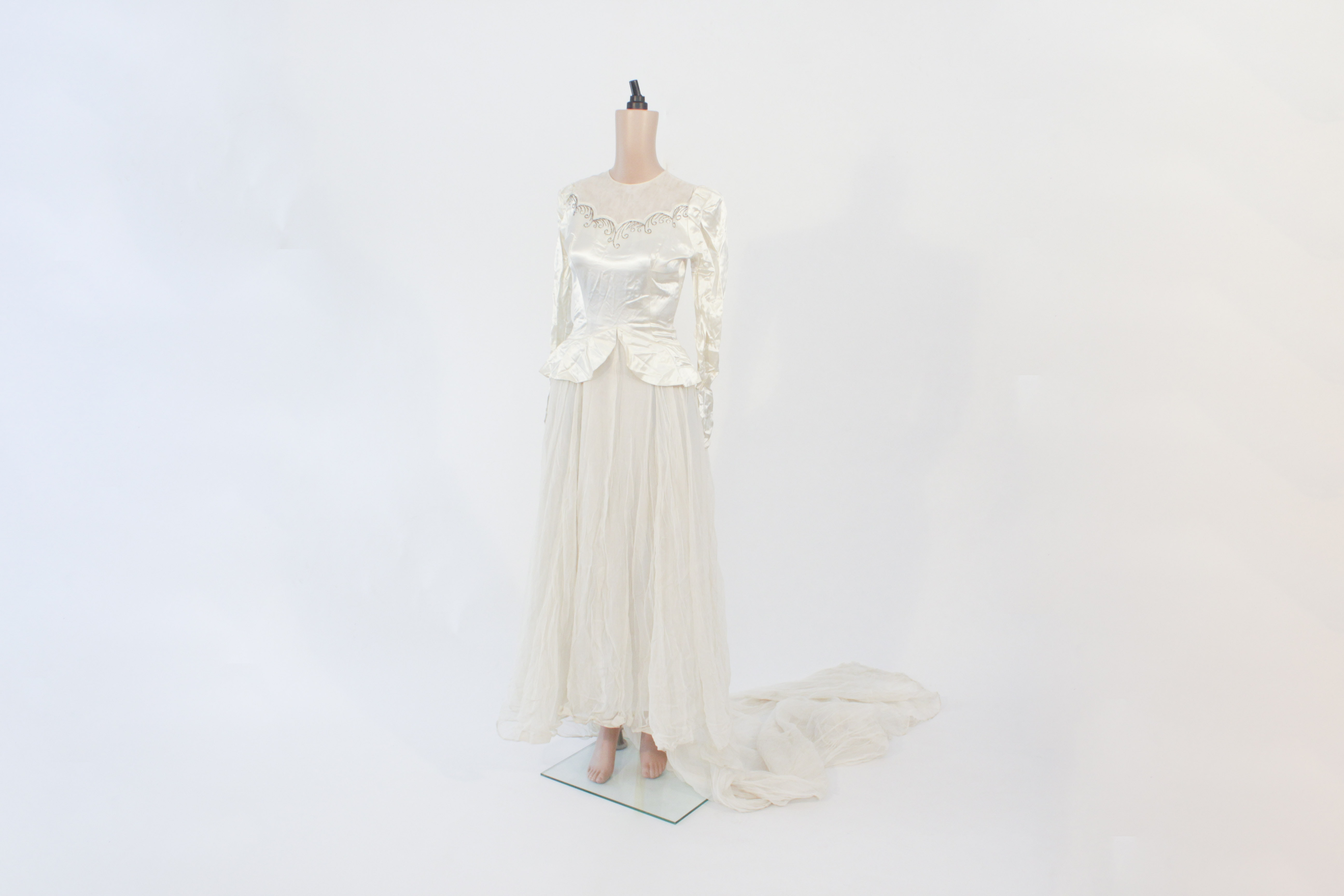 1940s satin wedding dress ebth