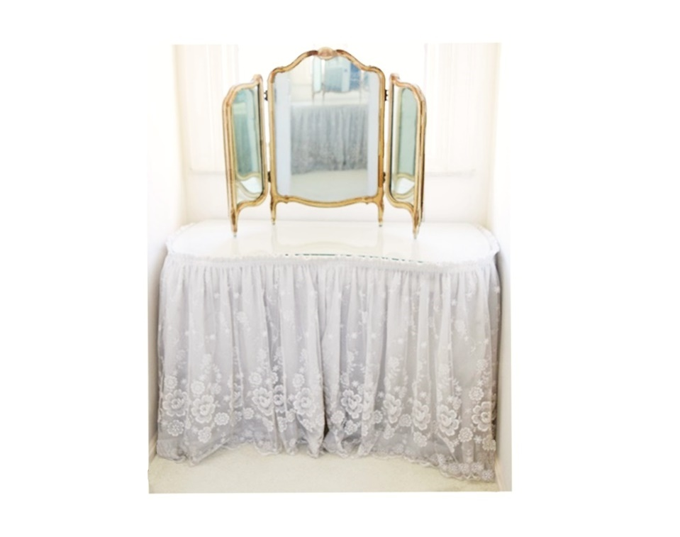 Vintage White Vanity Table With Tri-Fold Mirror And Lace Skirt