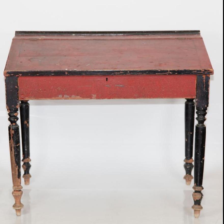 Antique Slant Top Painted Pine School Desk ... - Antique Slant Top Painted Pine School Desk : EBTH