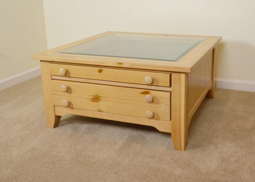 Broyhill Dresser Pine Broyhill Farnsworth Dresser And Mirror In Inkyblack Stain Dresser W