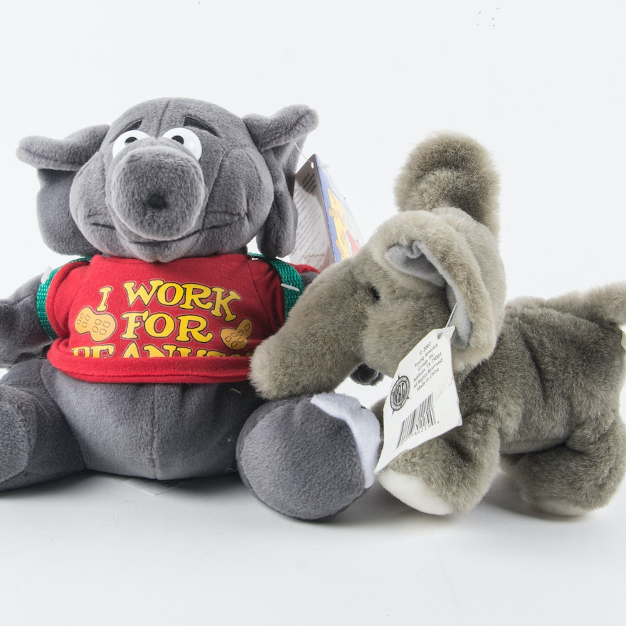 Larry The Talking Elephant I Work For Peanuts And A Jungle Animals