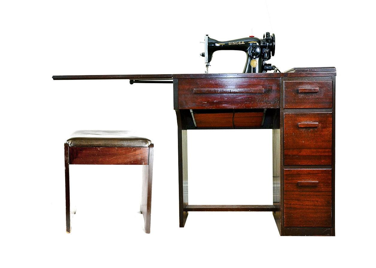 Vintage 1952 Singer Electric Sewing Machine Cabinet ...