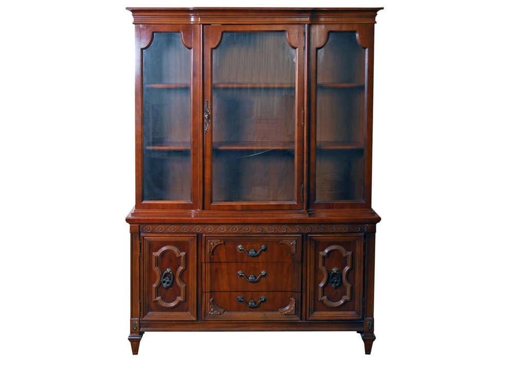 Vintage Bassett Furniture China Cabinet ...