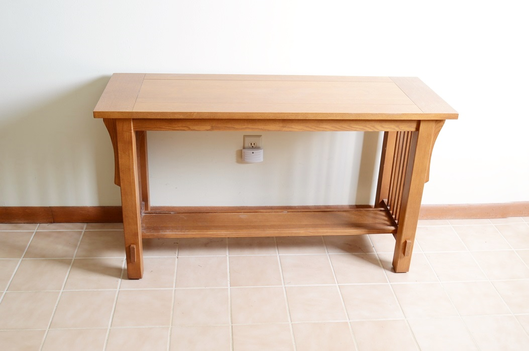 Bassett Oak Mission Style Sofa Table
