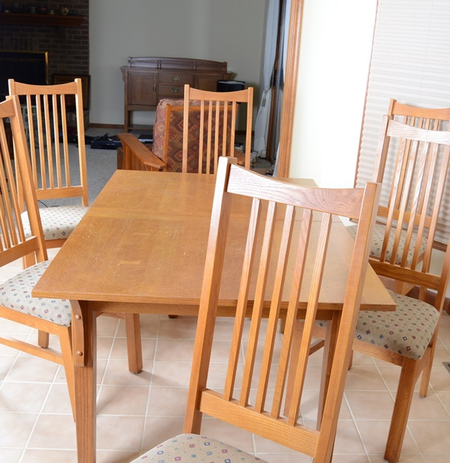 Basset Mission Style Oak Dining Table And Chairs