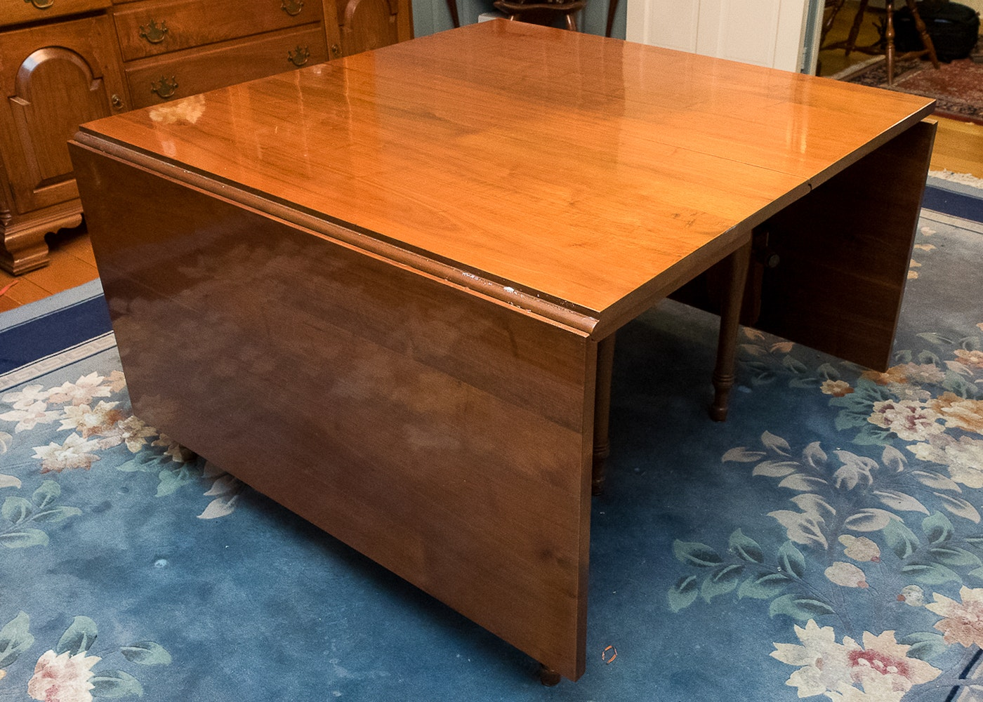 Robert Treate Hogg Mixed Wood Dining Room Table : EBTH. Full resolution  photograph, nominally Width 1400 Height 1000 pixels, photograph with #B05B1B.