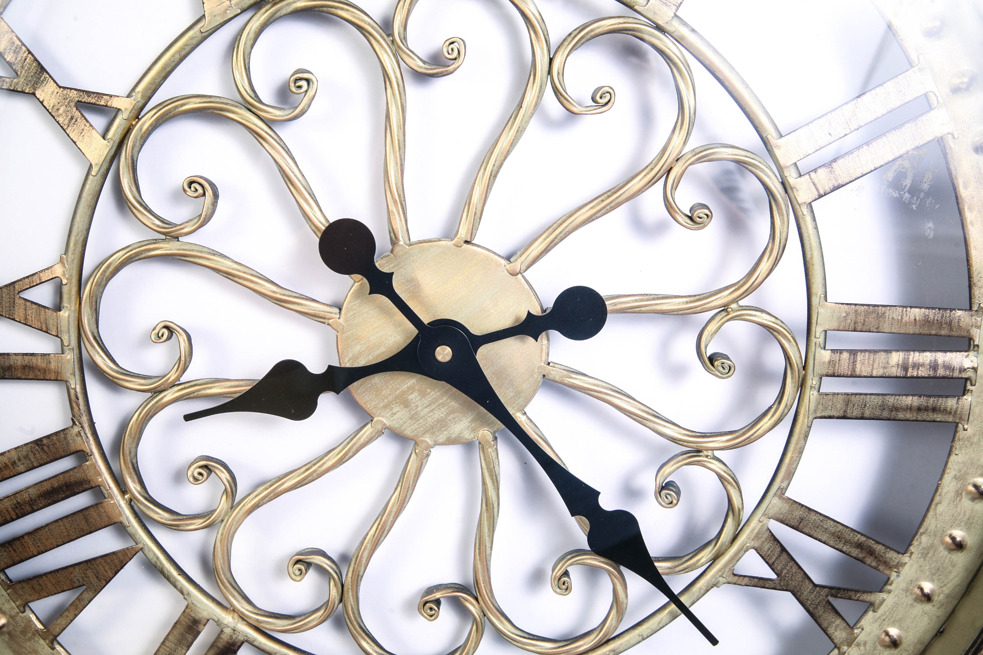 Large Wall Clock : EBTH