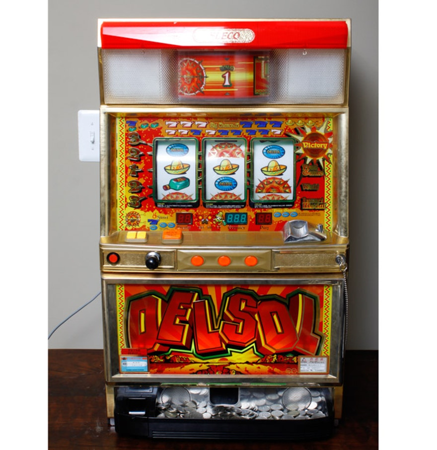 vintage eleco del sol slot machine ebth. Black Bedroom Furniture Sets. Home Design Ideas