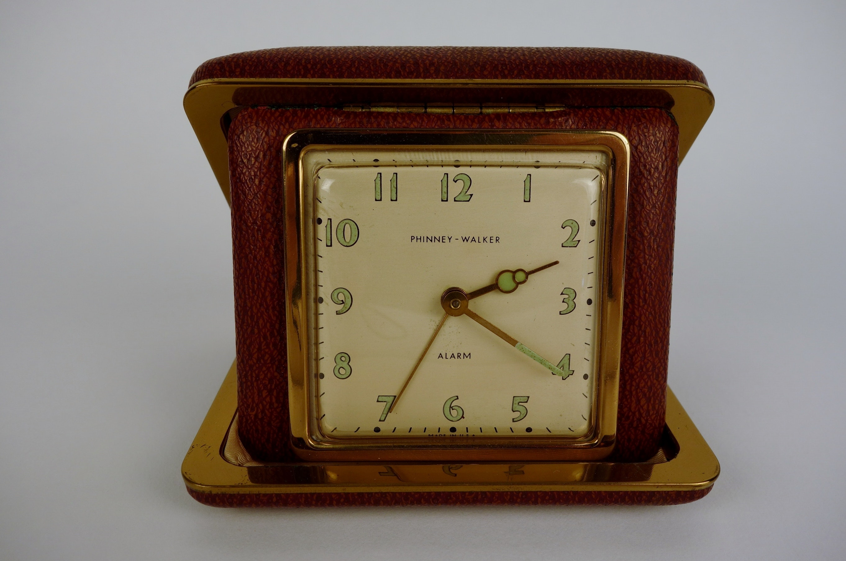 Vintage Phinney Walker Travel Alarm Clock Ebth