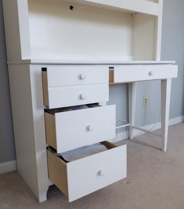 White Youth Desk with Lighted Hutch by Stanley Furniture ...