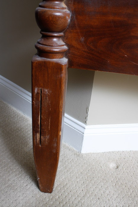 Antique Cherry Head And Footboard With Pineapple Finials