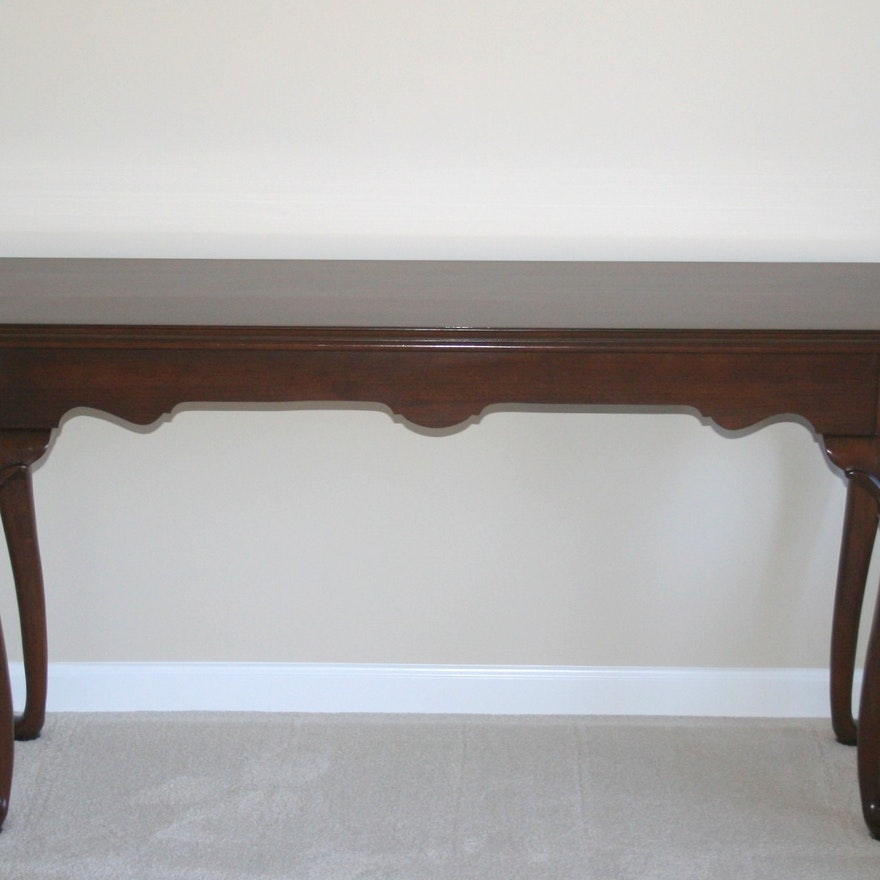 Ethan Allen Georgian Court Console Table