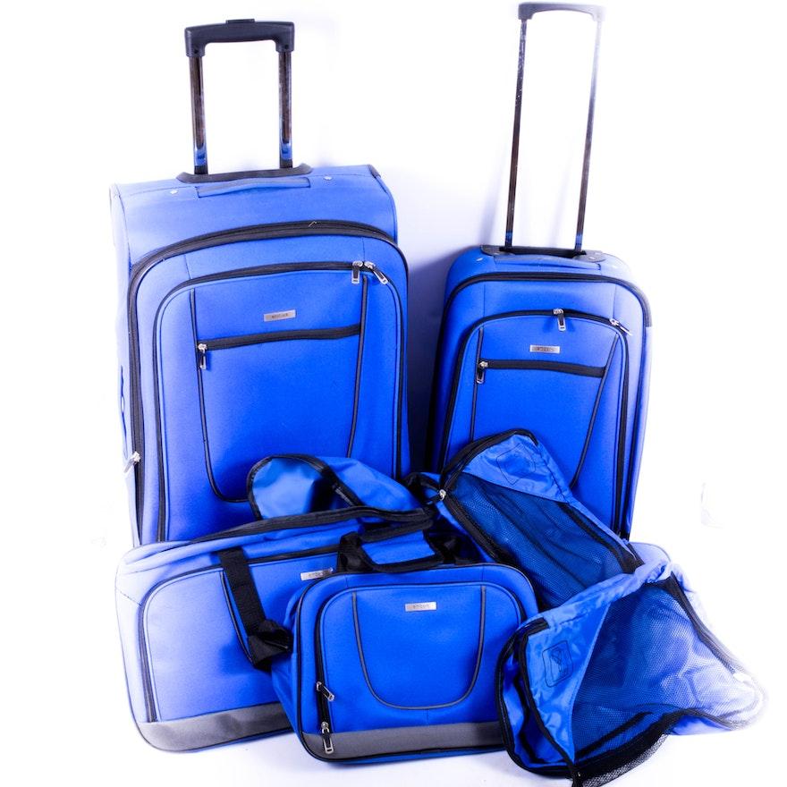 55e1f835df22 Four-Piece Embark Luggage Set   EBTH