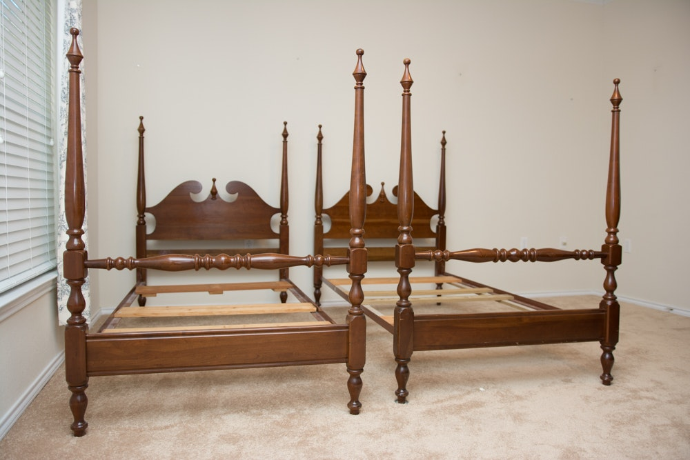 pair of queen anne four poster twin beds by cresent