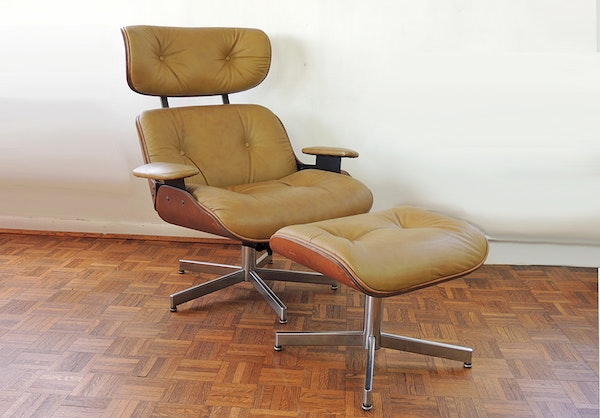 Selig eames style chair and ottoman ebth - Selig eames chair ...