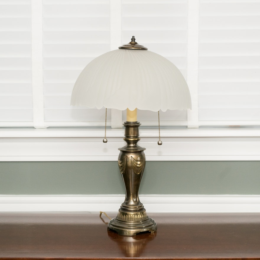 Vintage Frosted Gl Table Lamp