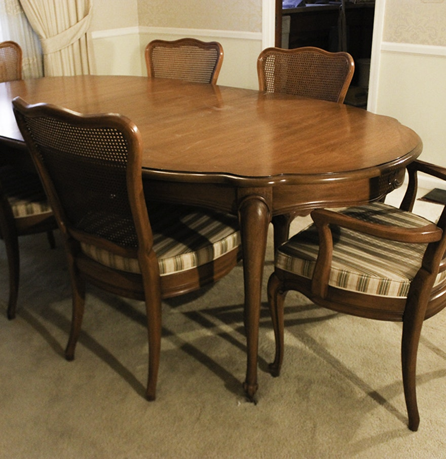 White Dining Room Table And Chairs: White Furniture Co. Dining Room Table And Chairs : EBTH