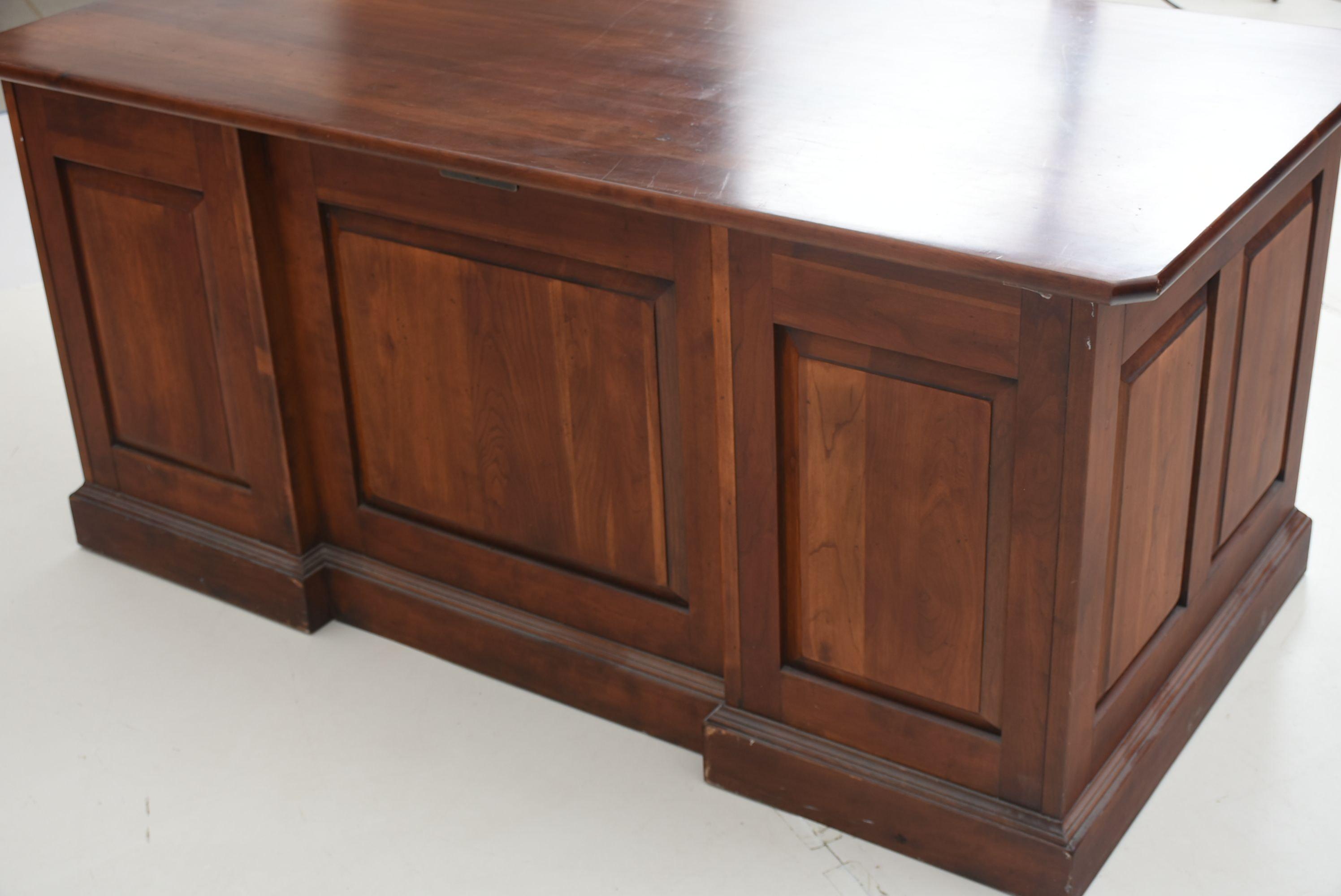Bob Timberlake Cherry Desk by Lexington Furniture : EBTH
