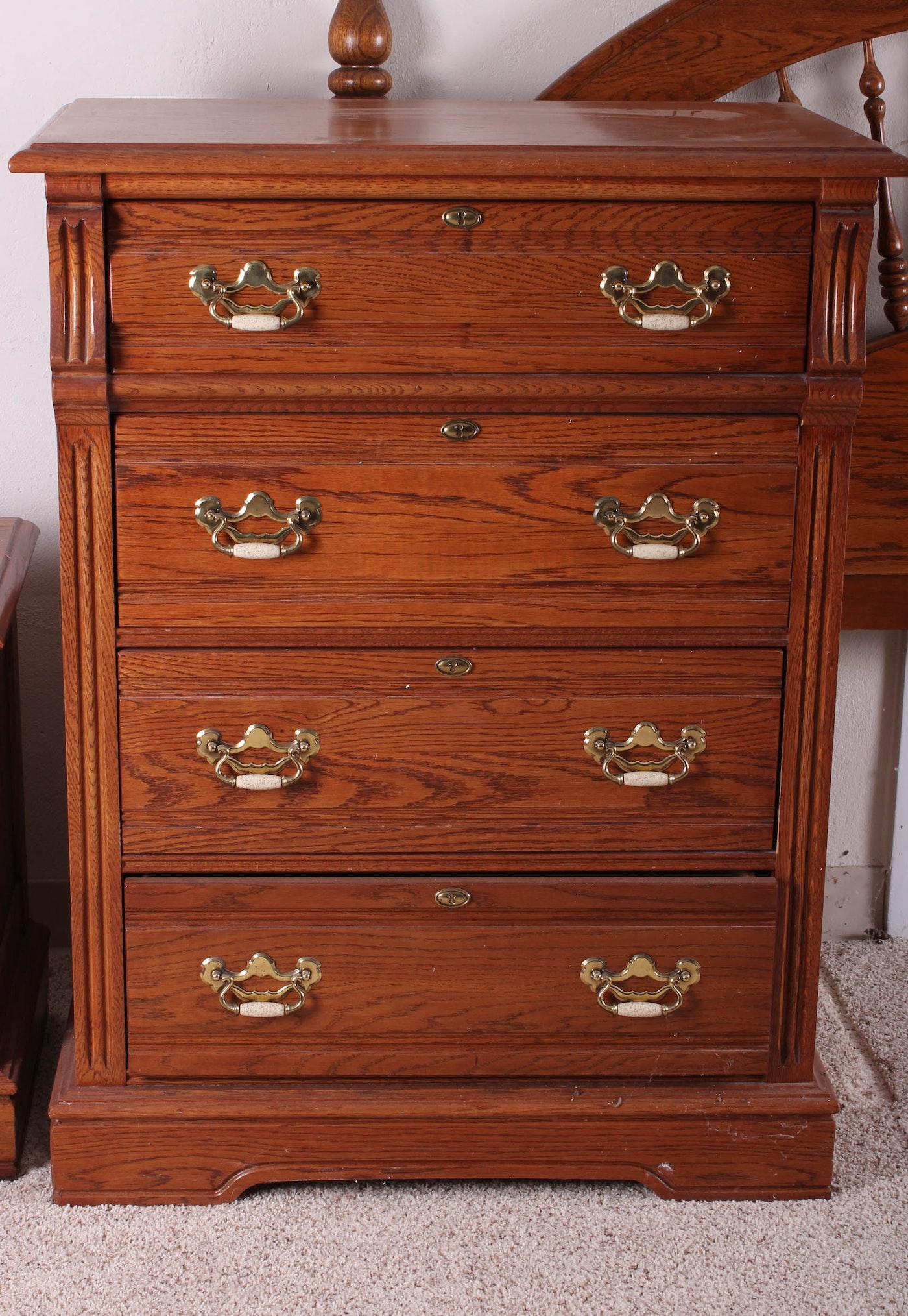 Lexington furniture bedroom set ebth for Lexington bedroom furniture