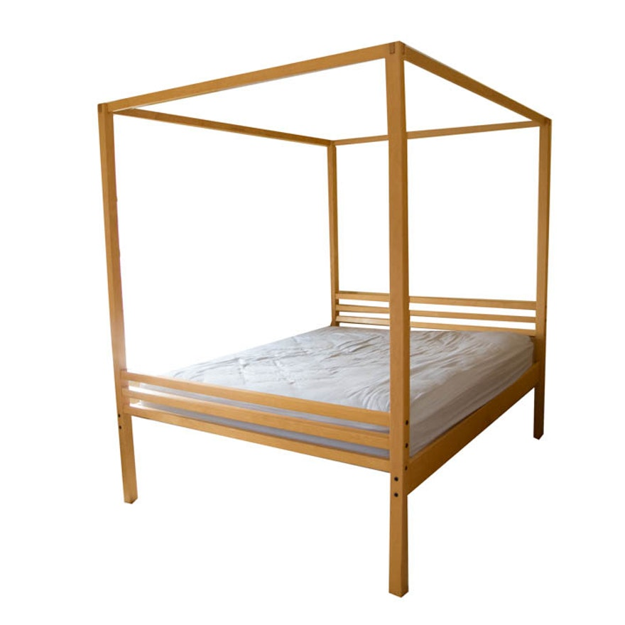 Maple Canopy Queen Bed Frame From Crate And Barrel Ebth