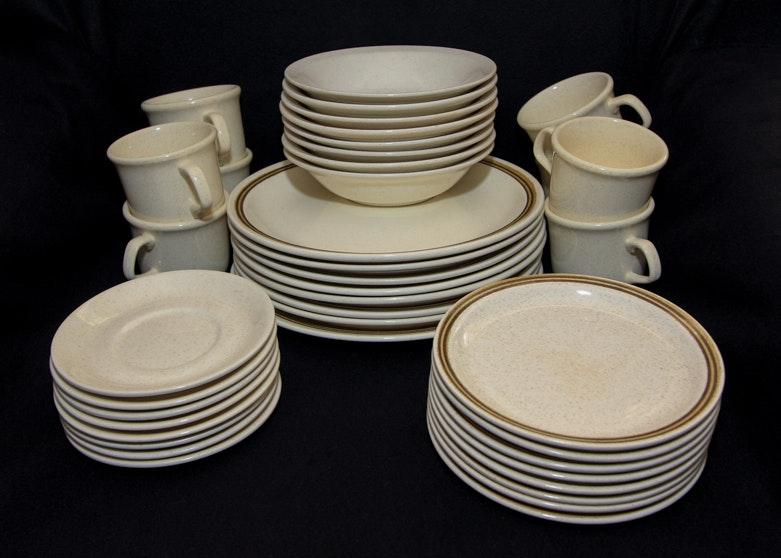 Vintage Roycroft Stoneware White Dinnerware ... & Vintage Roycroft Stoneware White Dinnerware : EBTH
