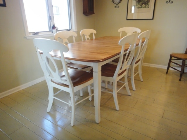 Portfolio Shermag Dining Table And Six Chairs ...