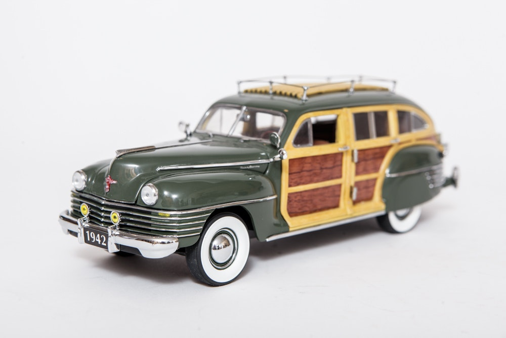 collection of chrysler town and country model cars ebth. Black Bedroom Furniture Sets. Home Design Ideas