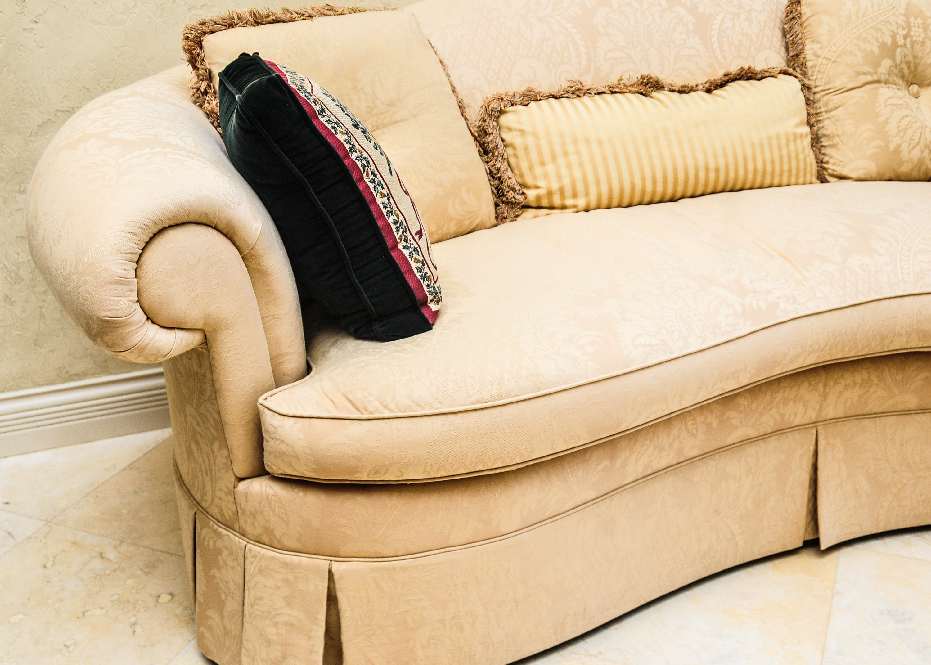 Off White Color Upholstered Sofa Ebth