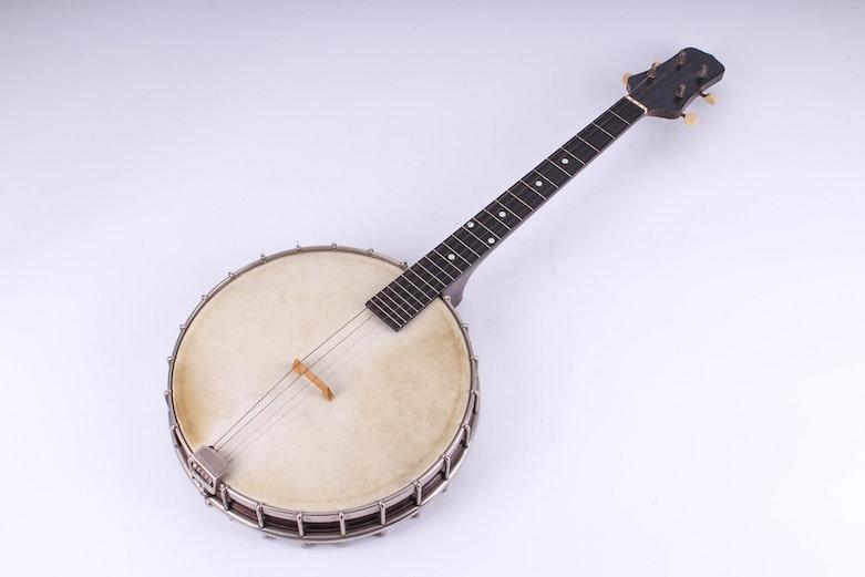 Vintage Gibson 4 String Banjo Ebth