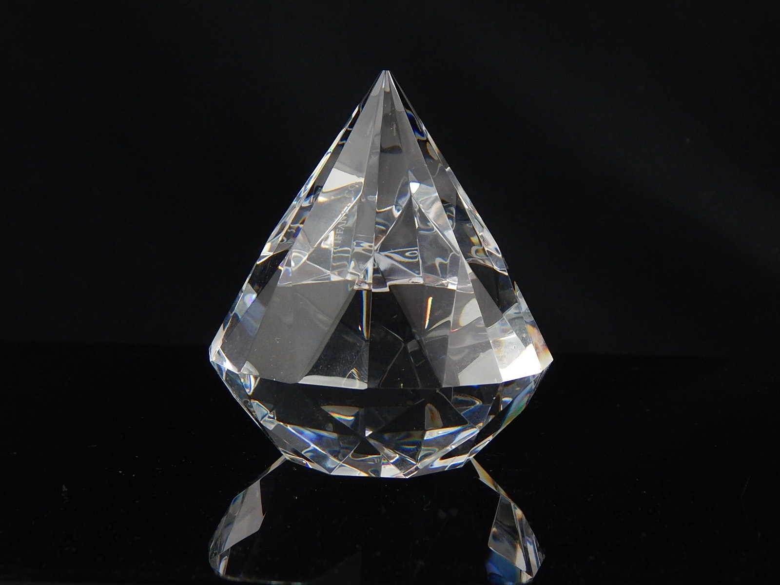 diamond paper weight Engraved pyramid paperweight $4700 diamond paperweights diamond  paperweights $7000 sports crystal paperweights sports crystal  paperweights.