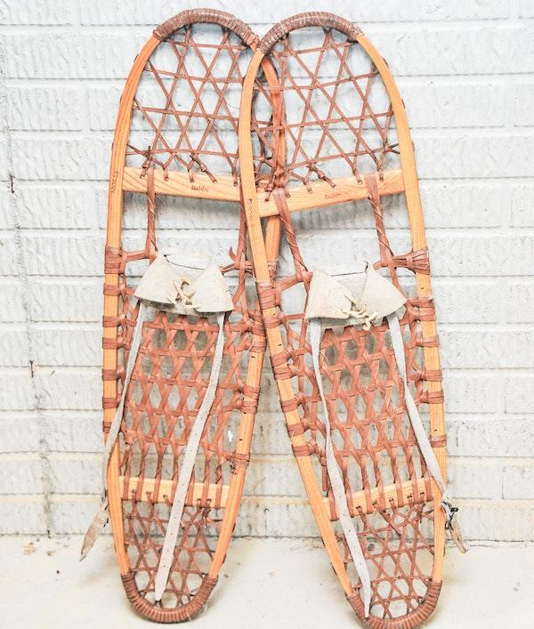 Vintage Vermont Tubbs Wooden Snowshoes : EBTH
