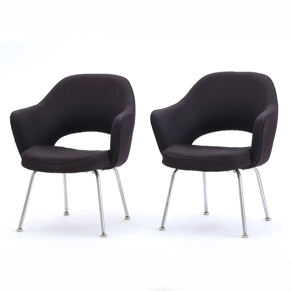 pair of vintage eero saarinen executive chairs by knoll - Retro Chairs