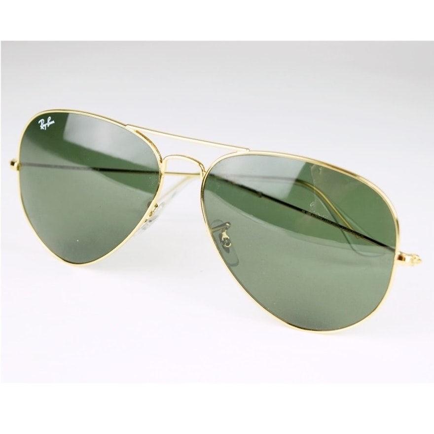 8c1cade7ee Ray Ban Large Aviator Sunglasses  3026 with Green Lens and Case   EBTH