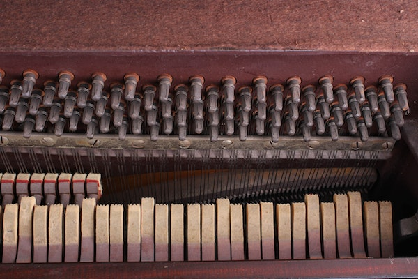 Piano dating serial number 9