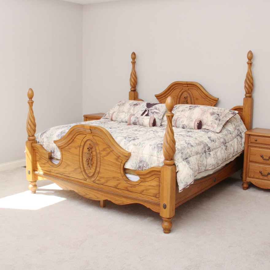 Arbek oak california king four poster bed ebth for King four poster bedroom sets