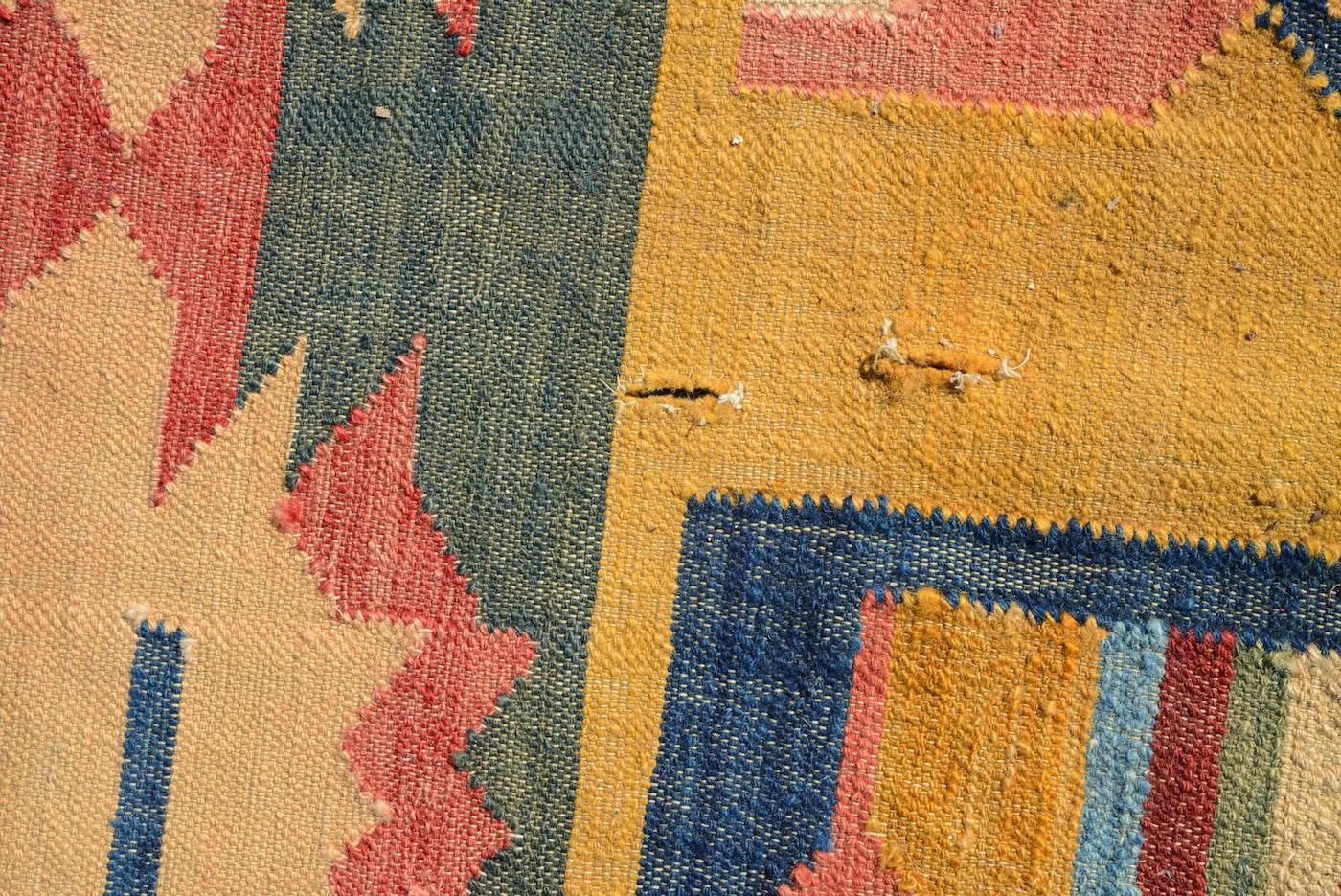 Handwoven Flatweave Indian Wool Dhurrie Rug Ebth