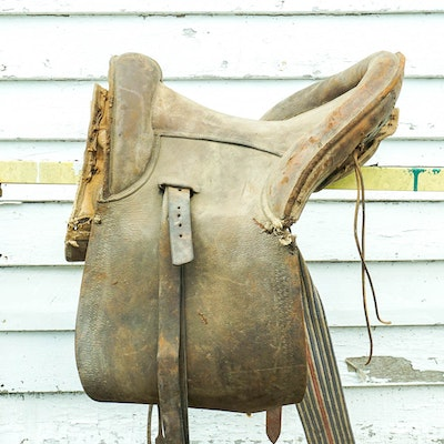 Leather Kentucky Roll Saddle